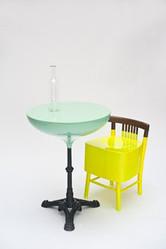 色彩で衣食住を提案 クラウディオ・コルッチ展覧会開催
