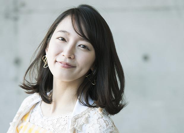 吉岡里帆が声優初挑戦!——「変化を楽しみ、色鮮やかな女優を目指したい」