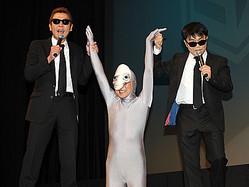 宇宙人を連れてくるって、こんな感じ……?(C)したまちコメディ映画祭in台東 実行委員会