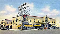 エヌハリ、ホワイト、マックレガー 3店舗が一晩限り架空のホテルとバーに