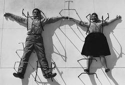 ミッドセンチュリー・モダンの草分け 新宿でイームズ夫妻の生涯辿る展覧会