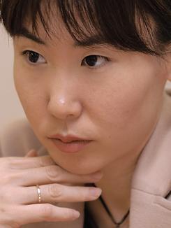 ライブドア・ニュースの取材に応じる熊谷弁護士(撮影:久保田真理)