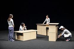 現代美術家 高嶺格「クールジャパン」展 水戸芸術館で開催