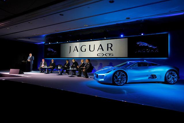 JAGUARの驚愕コンセプトカー「C-X75」が発売に!