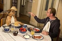 愛犬がしゃべるなんて夢のよう!? - 映画『ミラクル・ニール!』より  - (C) 2015 Anything Absolutely Ltd All Rights Reserved.