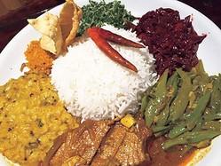 ことしのトレンドカレーは「スリランカカレー」。大阪「セイロンカリー」のスリランカカレー・アンブラ