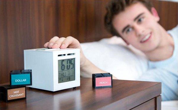 """[画像] Googleも認めた新発明!""""アロマで起こす目覚まし時計""""が話題"""