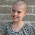 10歳の白血病の少女が看護師を助けるためにバンドエイドディスペンサーを発案