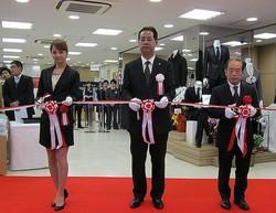 銀座に続き半額開店 渋谷さくらや跡地に洋服の青山
