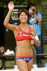 勝っても負けても、ビーチの主役は浅尾美和。ビーチの妖精の試合は報道陣も5倍に膨れあがる!