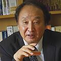 かねこ・まさる  1952年生まれ、東京大学大学院経済学研究科博士課程単位取得修了。専門は財政学、地方財政論、制度経済学。著書に『新・反グローバリズム』(岩波書店)『失われた30年 逆転への最後の提言』(NHK出版)など  Photo by Masato Kato