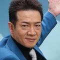 田原俊彦が歌番組で歌詞ミス NHKが即座に歌詞テロップ消す事態