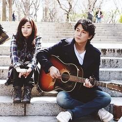 藤原さくらと福山雅治(出典:https://www.instagram.com/getsu9_lovesong)