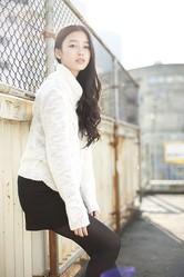 この色気でまだ17歳。本格的女優に成長しそうな吉倉あおいちゃん。ミンティアガール神奈川です