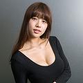 自身もB88cmを誇る美沙希ちゃん。たわわなおっぱいを育んでくれた香川よ、ありがとう!!