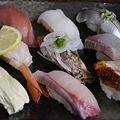 かっぱ寿司系列「京とんぼ」が回転寿司の食べ放題コースを提供