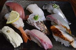 """回転寿司に""""食べ放題""""コース、「かっぱ寿司」新ブランド店で提供。"""