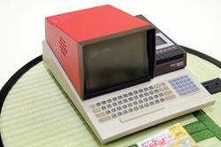 社長の夢から生まれた1/4サイズのマイコン名機「PasocomMini MZ-80C」 開発秘話と今後をハル研究所三津原社長に聞いた