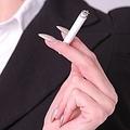 タバコは、お酒がやめられない原因になると判明—エール大学