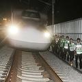 JR東海の社員300人が深夜に「過酷な訓練」傾いた列車からの避難も