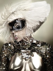 LADY GAGAのマスク制作 「JOJI KOJIMA」がオンラインショップオープン