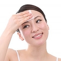 夜より朝、5分でできる顔の乾燥対策