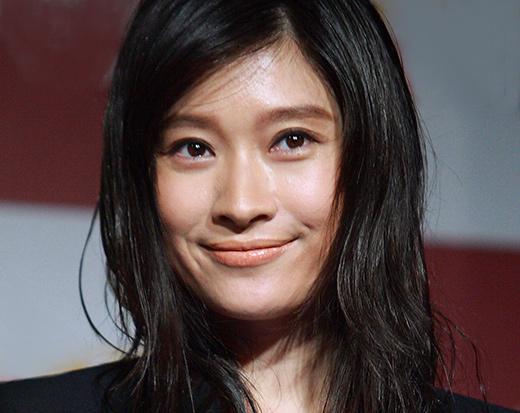 篠原涼子が「ごっつええ感じ」の壮絶コントを回顧 「最初は嫌だった」