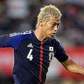 写真は、本田圭佑。試合を終えて「僕たちは格下なので、強豪に勝つためには、1日1日を無駄にすることはできない」とコメントした。  国際親善試合: 日本 3—0 グアテマラ  (撮影:フォート・キシモト)  [2013年9月6日、大阪・長居スタジアム]