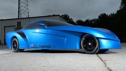 パノスが三角翼形のDeltaWing GT コンセプトカーを公開。市販化に向け前進中