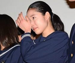大粒の涙を見せた藤野涼子