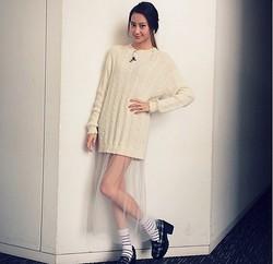 この衣装でTV出演した河北麻友子(画像はinstagram.com/mayukokawakitaofficialより)