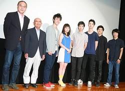 初日に松島哲也監督、原作者の田原和夫さん、そしてキャストが集結