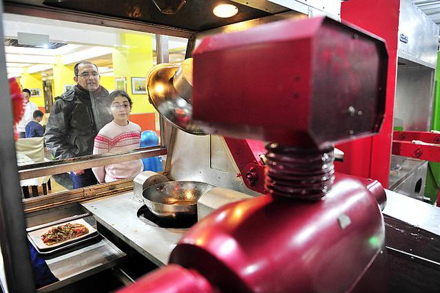 炒める専門のロボット