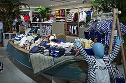 ヘリーハンセン、日本初の旗艦店を原宿にオープン