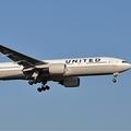 乗客の排除は合法的?ユナイテッド航空の乗客トラブルが大事件に発展した訳