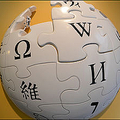 Wikipedia投稿数270万の男の正体