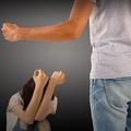 男の犯行なら刑が違ったとの声もあるが…(写真はイメージ)