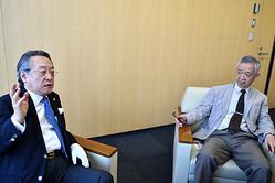 憲法改正を背後で操る「日本会議」のルーツとは? 宗教学者の島薗進氏(右)と憲法学者の小林節氏が迫る!