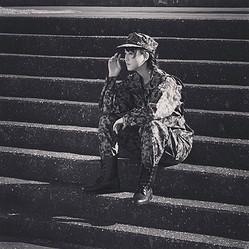 元SKE48・松井玲奈のイケメンすぎる「自衛官」スタイルにファン歓喜 「玲奈大佐!」「カッコよすぎ」