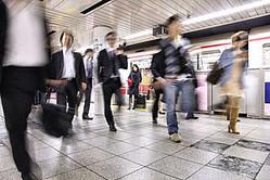 中国メディアの人民網は21日、出生率の低下と高齢化によって、日本の労働人口は2060年には4418万人にまで減少すると伝え、「日本が労働力不足を解決することは極めて難しい」と論じた。(イメージ写真提供:(C) tupungato /123RF.COM)