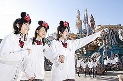 友達と一緒に(C)Disney