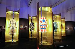 フェンディの世界巡回展 東京藝術大学で初公開