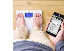 鍋や冬のグルメの食べ過ぎにも安心? Androidスマホに自動で体重を記録して健康管理できる体重計