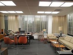 誰もが憧れるドンのオフィスが目の前に!