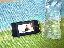 YouTubeのヨガ講座をiPhoneで見る