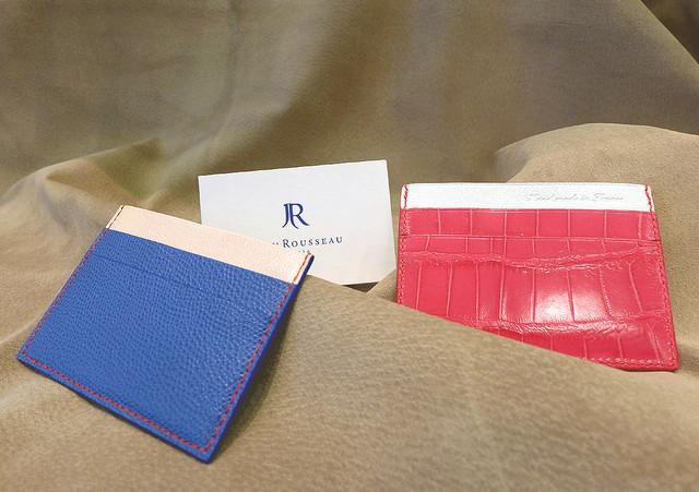 フランスのビジネスマンに人気のカードケース『エッセンシャル』が新登場