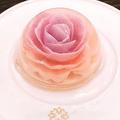 スノードームみたい♡一輪のお花を閉じ込めた「フラワーゼリーケーキ」がオーストラリアで人気沸騰中