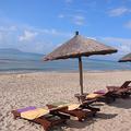 「中国のハワイ」と言われる海南島のビーチ。12月でも気温30度。もちろん海水浴もできる (Photo:©Alt Invest Com)