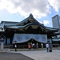 飯島勲内閣官房参与は7日、安倍晋三首相の靖国神社参拝について「秋の例大祭には何としてでも政治家として参拝してもらいたい」と述べた。(イメージ写真提供:(C)Hirotaka Ihara/123RF.COM)