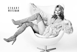 ケイト・モスが広告塔スチュアートワイツマン期間限定出店